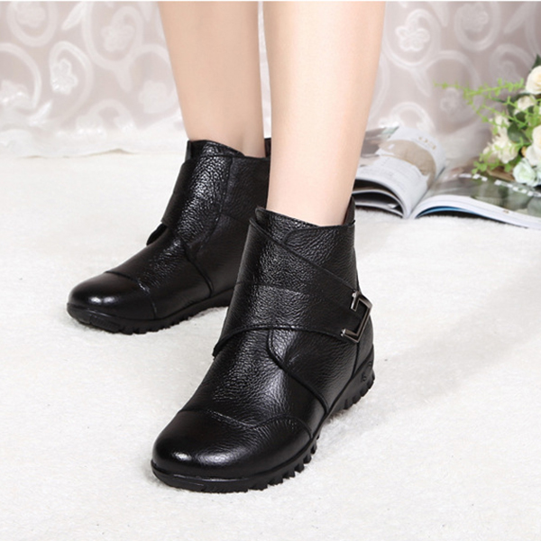 Winter Women Leather Soft Sole Keep Warm Comfortable Cotton Short Boots