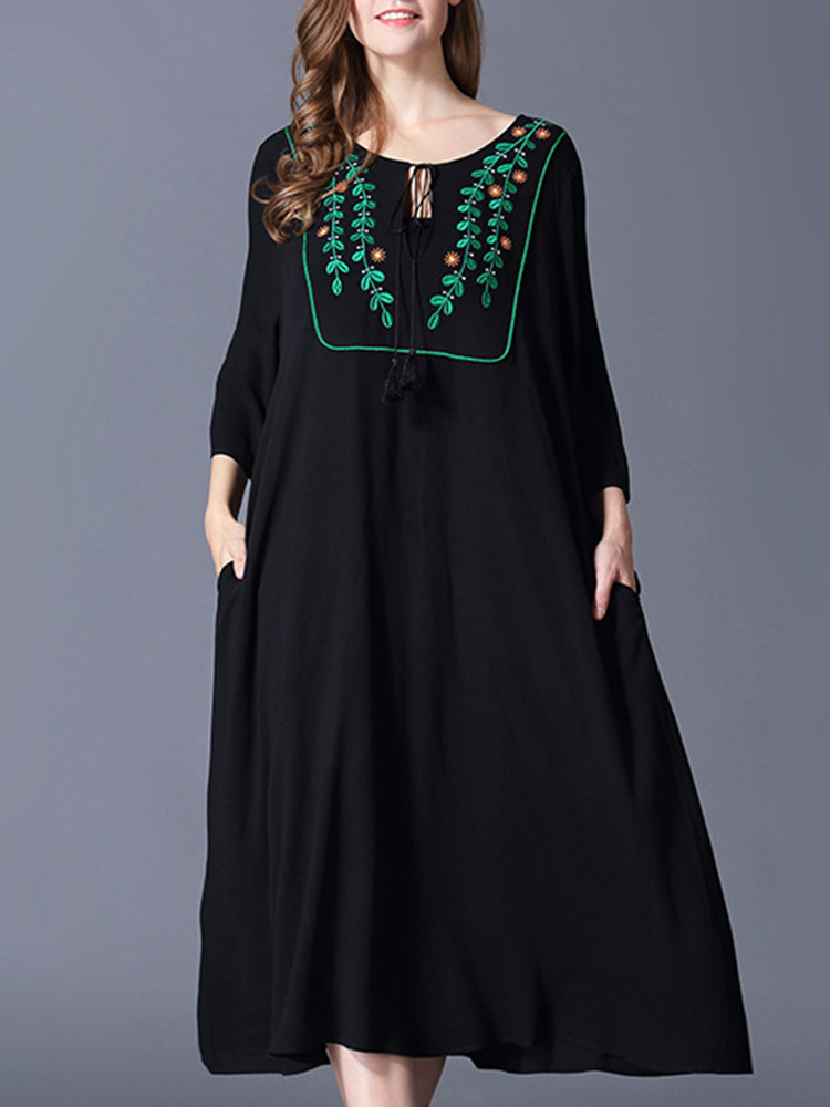 Plus Size Casual Dresses Women Embroidery Floral Dresses