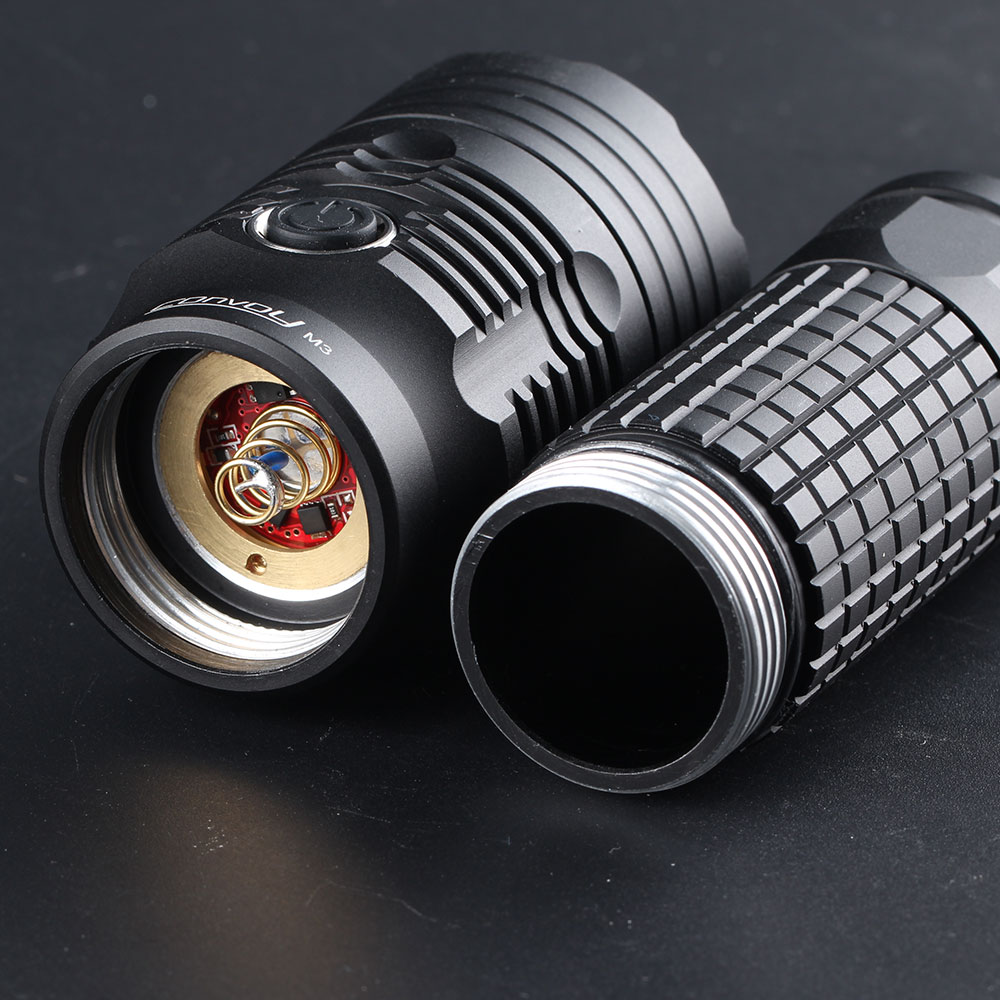 Convoy M3 XHP70.2 4300LM High Lumen Flashlight Built-in Temperature Protection Powerful Flashlight Mini Torch LED Torch