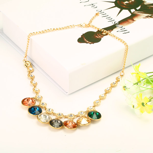 Retro Colorful Round Pendant Gem Rhinestone Necklace For Women