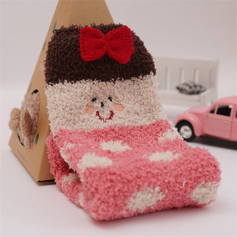 1 Pair Women Ladies Fuzzy Coral Fleece Christmas Pattern Cute Socks Cartoon Hosiery