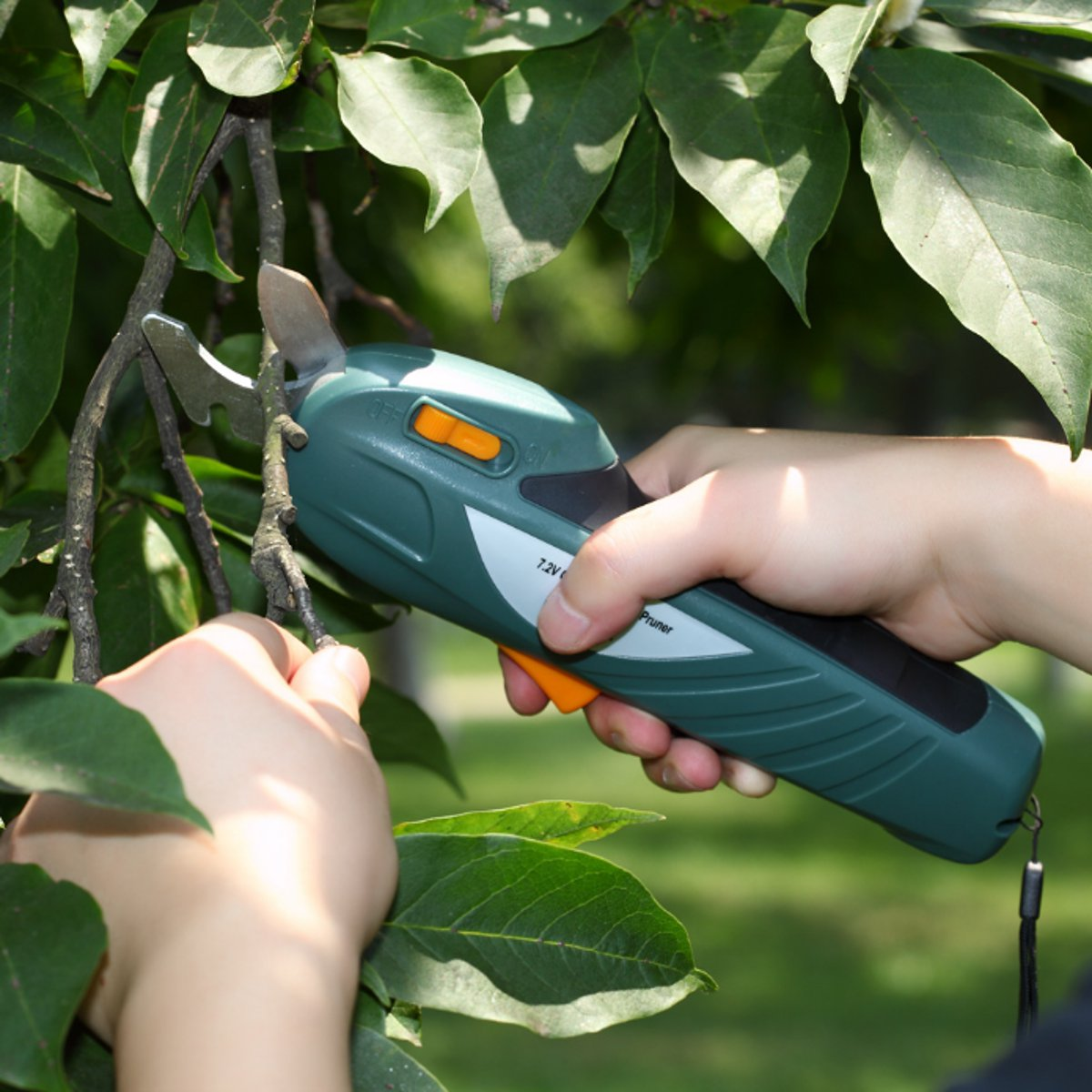 7.2V Rechargeable Garden Fruit Tree Cutter Pro Battery Pruning Shears Cutting Tools
