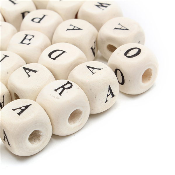 100Pcs Natural Mixed Wooden Alphabet Letter Cube Craft Charms Beads 10mm