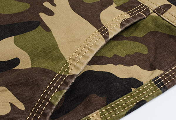 Mens Knee Length Camouflage Military Cargo Shorts