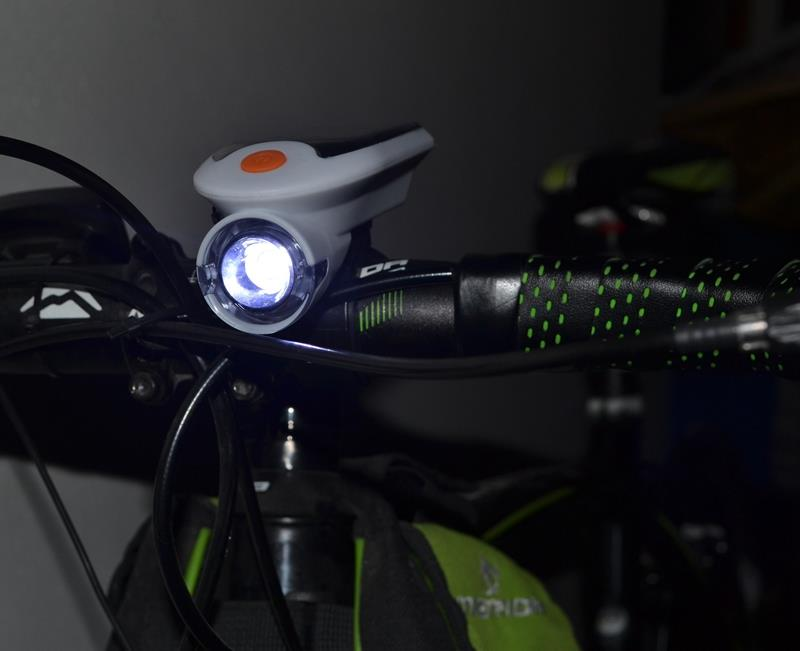 Solar Bicycle Light USB Charge Bike Cycling Front Lamp 360 Degree Rotation Waterproof IP64