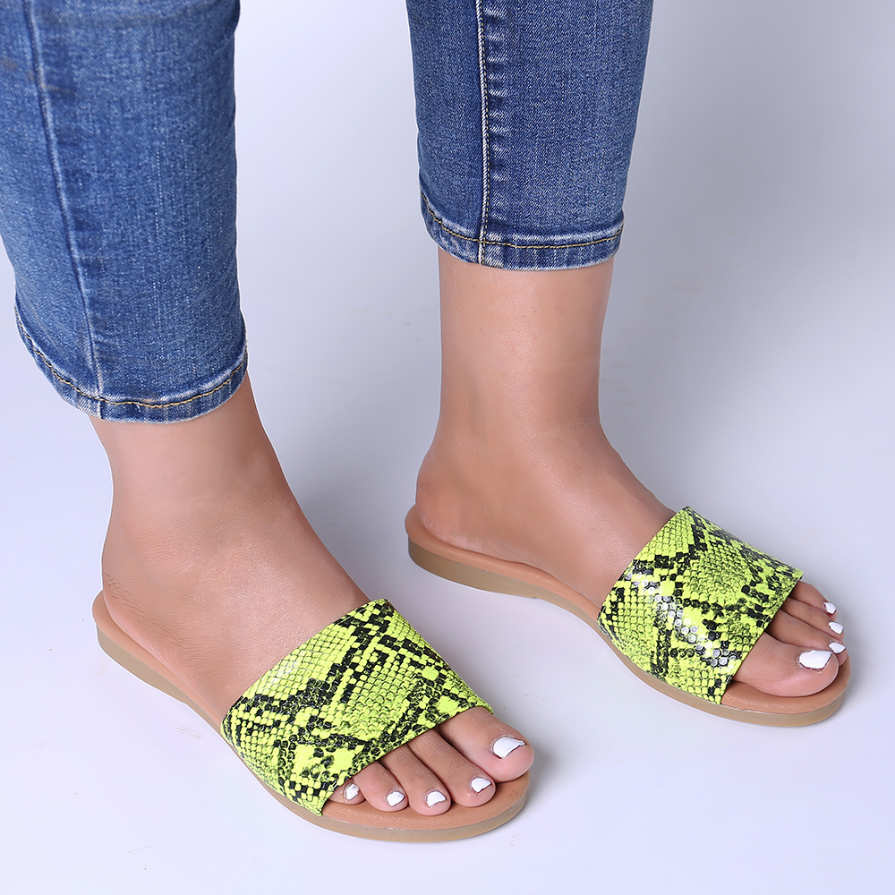 Lostisy Women Casual Fluorescent color Slippers