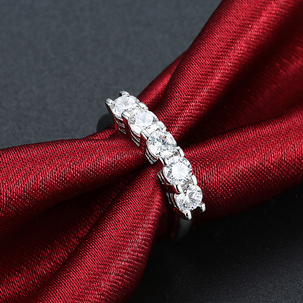 INALIS Luxurious Zircon Platinum Plated Engagement Gift Wedding Finger Rings