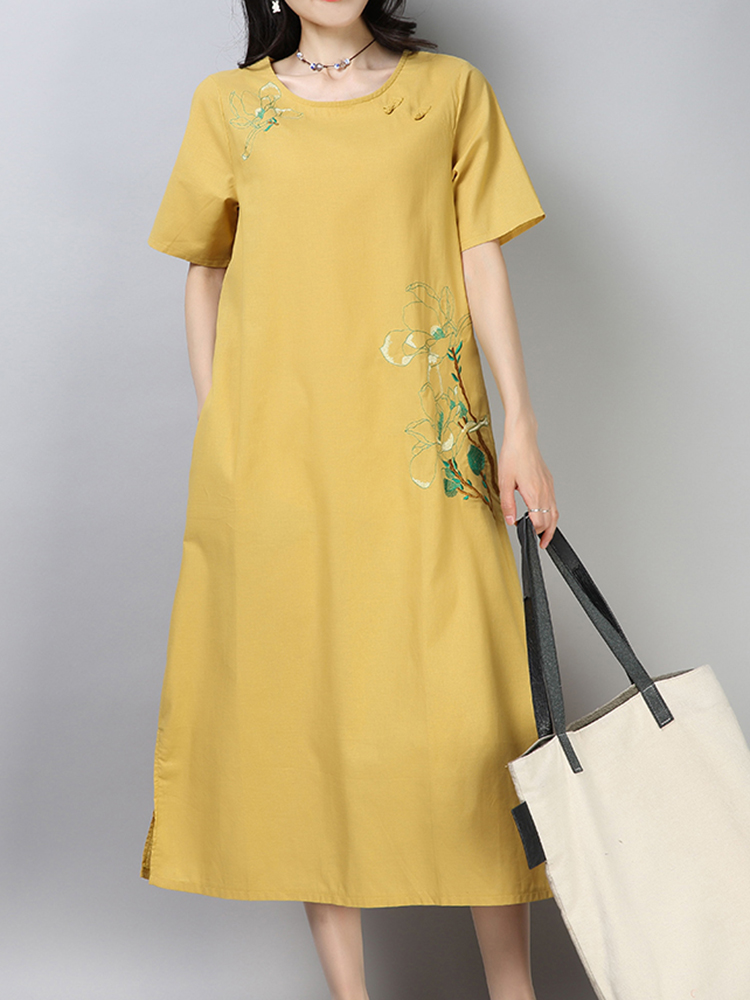 Cotton Embroidered Short Sleeve O-Neck Dress with Pocket