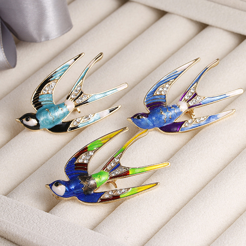 Elegant Swallow Bird Brooch Pins Colorful Enamel Rhinestone