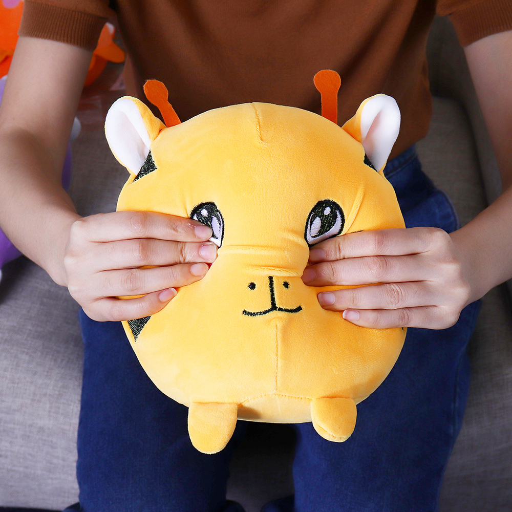22cm 8.6Inches Huge Squishimal Big Size Stuffed Kitty Squishy Toy Slow Rising Gift Collection