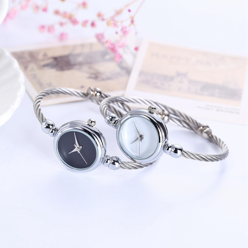 Fashionable Stainless Steel Women Wrist Watch