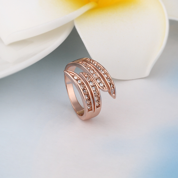 Rose Gold Plated Crystal Finger Rings Alloy European