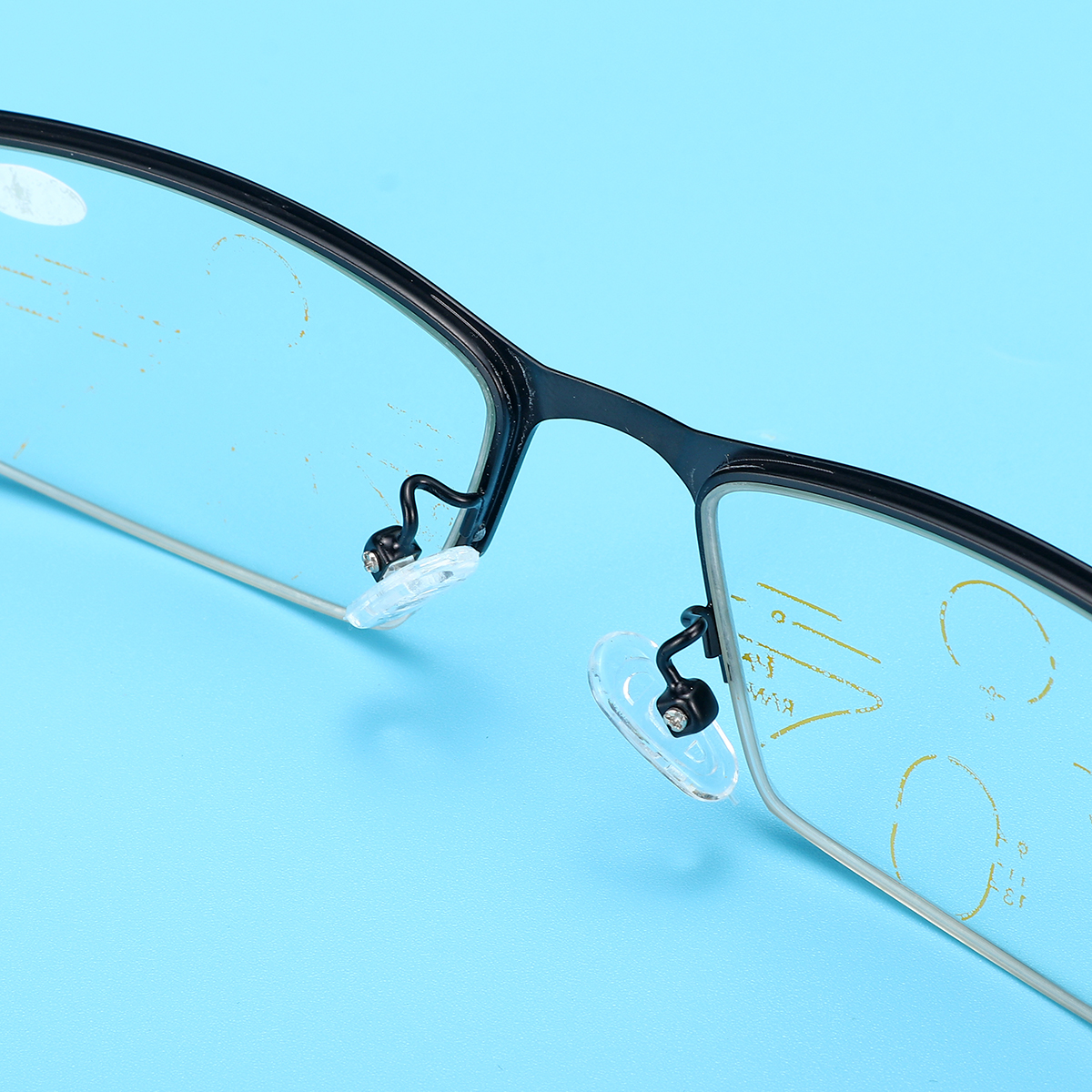 Multi Focus Photochromic Half Rimless Reading Glasses