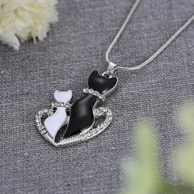 Lovely Cats Heart Pendant Lovers Couple Necklace Chain Jewelry Gift