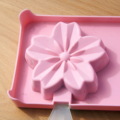 Cute Cat Claws Sakura Cherry Blossoms Shaped Popsicle Ice Cream Maker Pop Ice Mold Frozen Icy Ice pop Block Set Ice Cube Maker Homemade Ice Sticks Home Bar Accessories