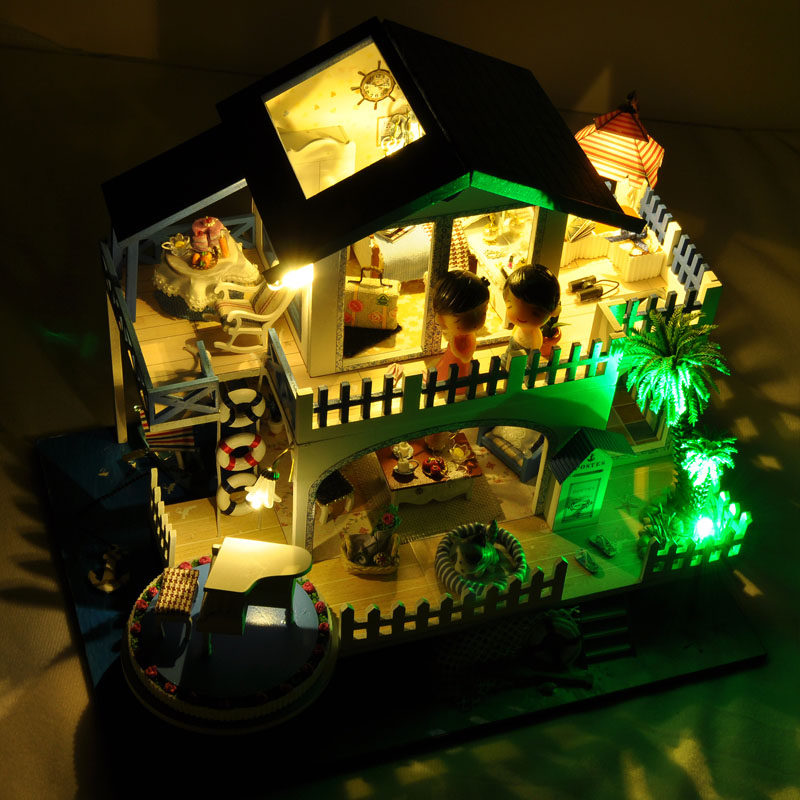 T-Yu TB6-Z Blue Melody DIY Doll House With Cover Music Light Gift Collection Decor Toy