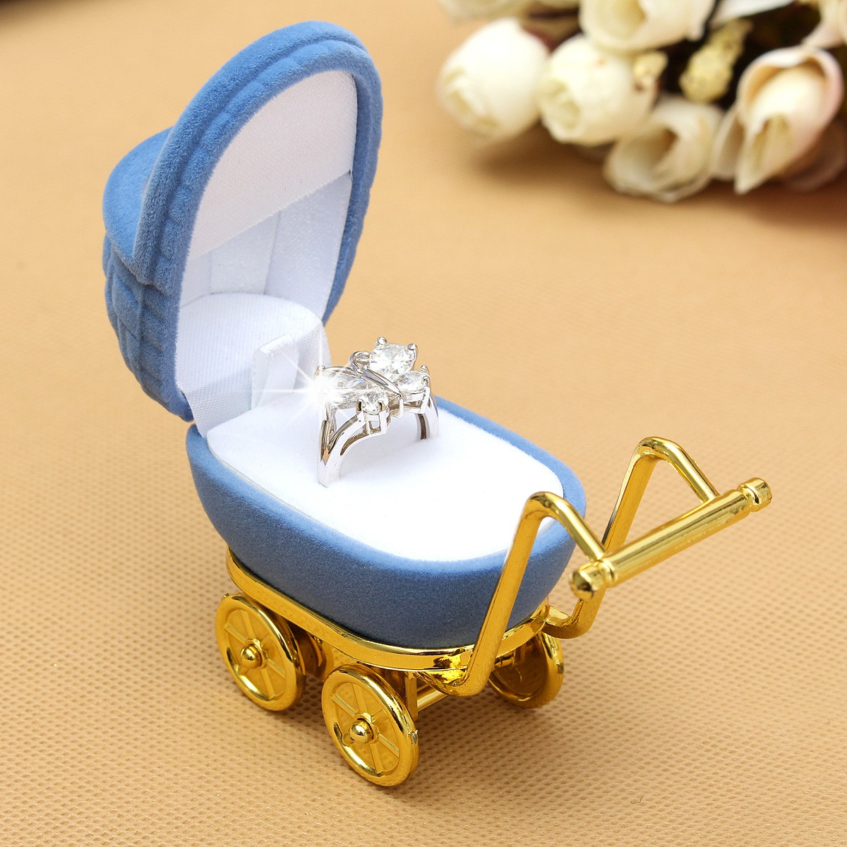 Velvet Stroller Shaped Rings Organizer Box Jewelry Storage Case