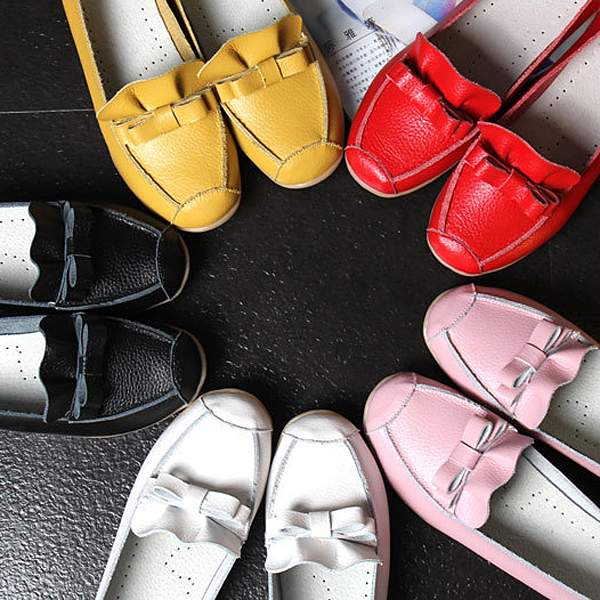 Women Casual Leather Pure Color Soft Loafers Comfortable Round Toe Slip On Flat Shoes