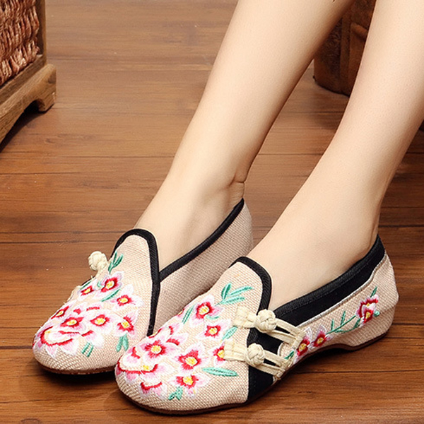 Chinese Style Embroidered Flower Slip On Flat Shoes Linen Loafers