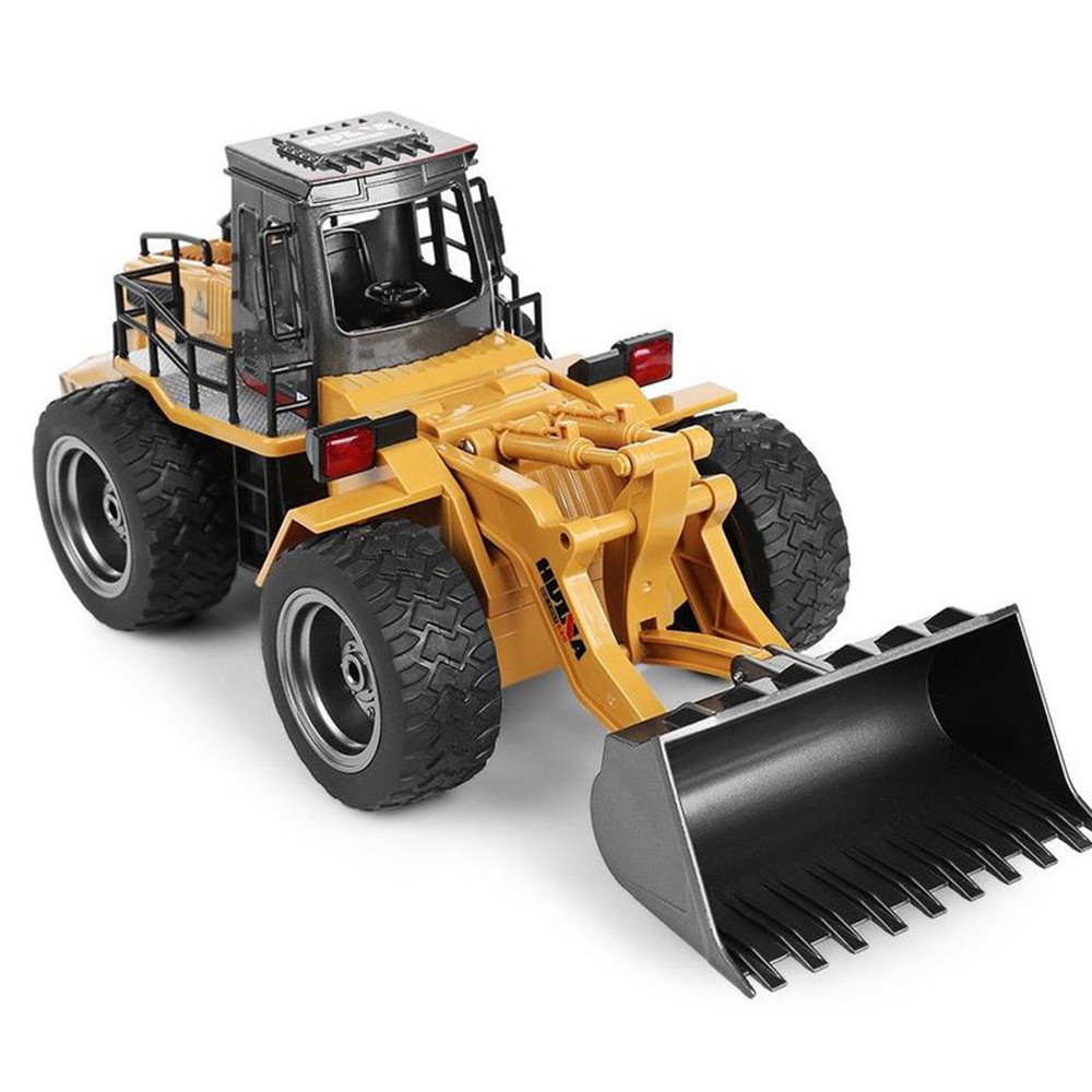 HuiNa Toys 520 6 Channel 1/18 RC Metal Bulldozer Charging RC Car - Photo: 2