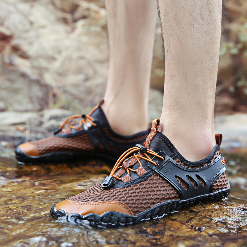 Men Slip Resistant Breathable Outdoor Sneakers