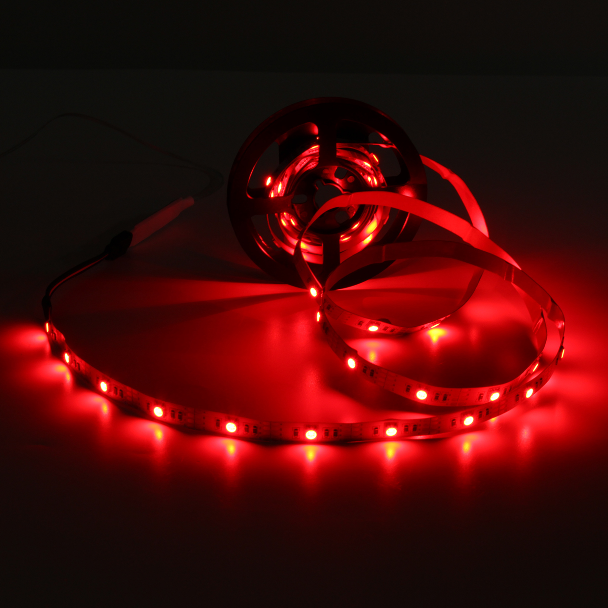 Battery Powered 1M 2M 5050 Non-waterproof RGB LED Strip Light with Mini Controller DC4.5V