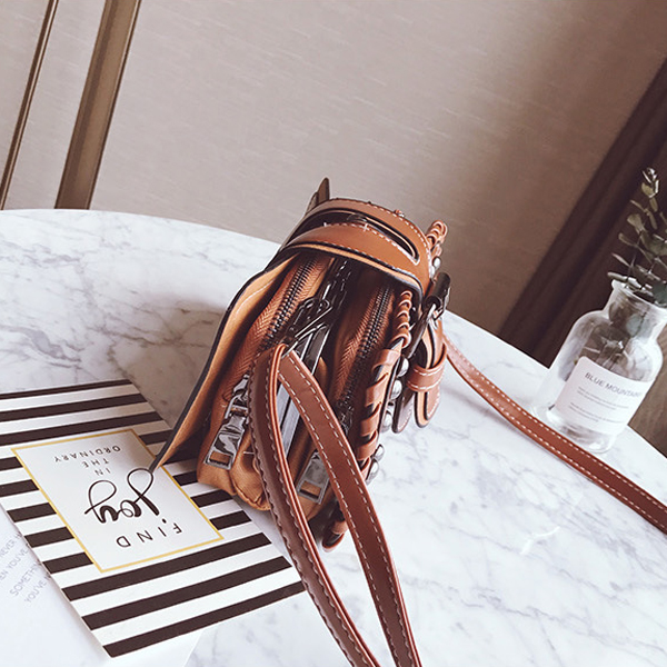 Women Pu Leather Punk Style Cell Phone Bag Vintage Crossbody Bag Shoulder Bag