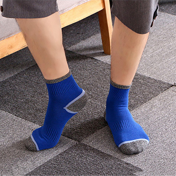 Men Sport Breathable Cotton Middle Tube Socks