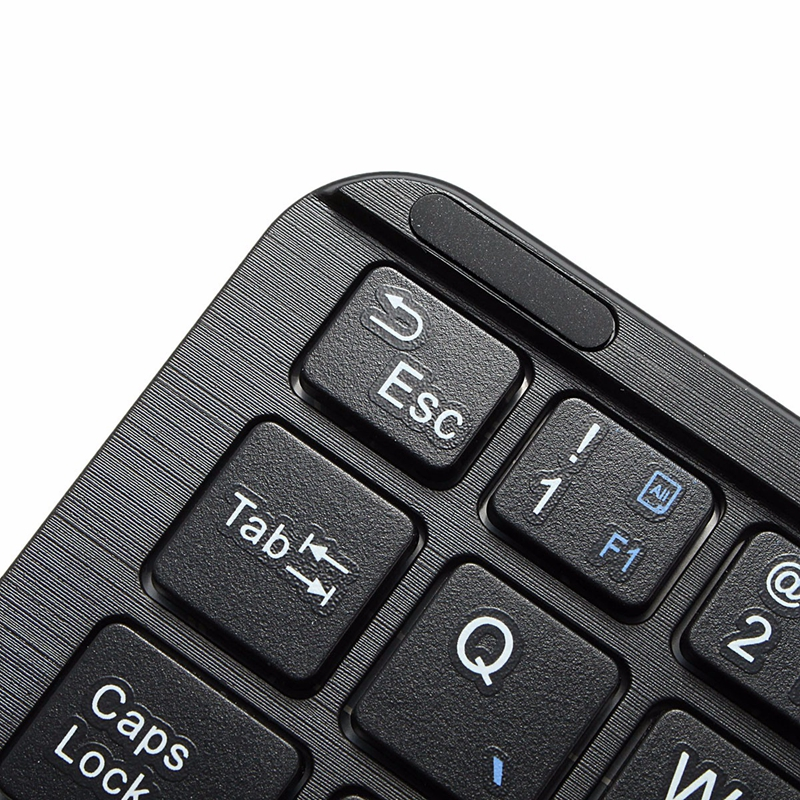 81 Keys bluetooth Keyboard With Touch Pad For Samrt Phone/Tablet/Android 3.0/Windows XP/7/8