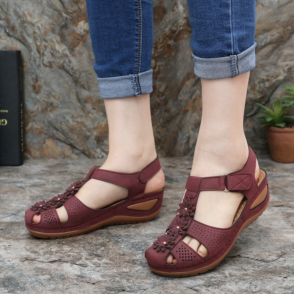 LOSTISY Casual Soft Lightweight Sandals