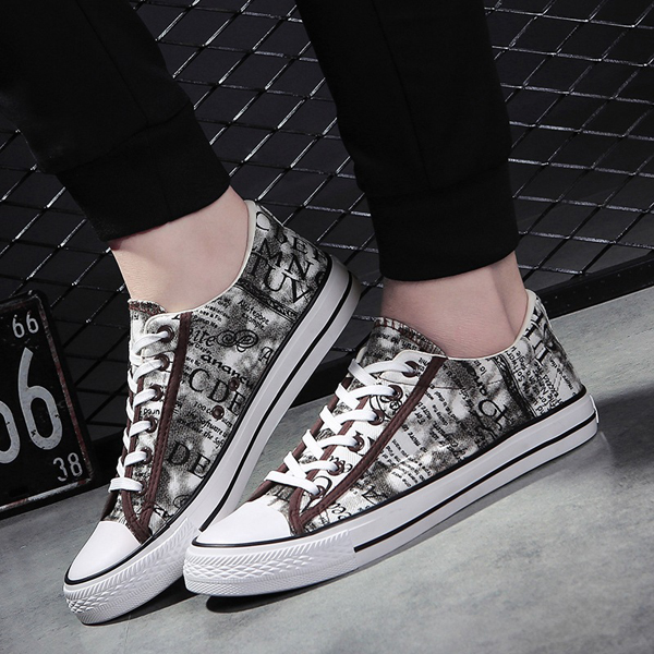 Men Casual Shoes Lace Up Canvas Breathable Outdoor Flat Fashion Sneakers