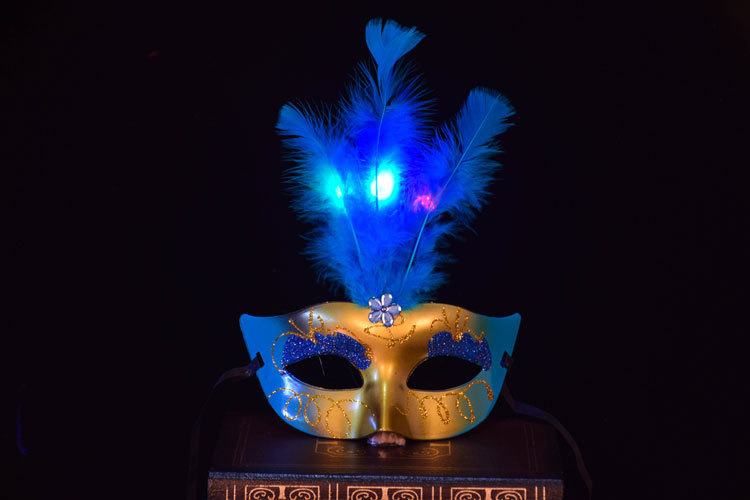 Halloween Makeup Dance Masks Luminous Lights LED Fragrance Gold Princess Feather Party Decorative Mask