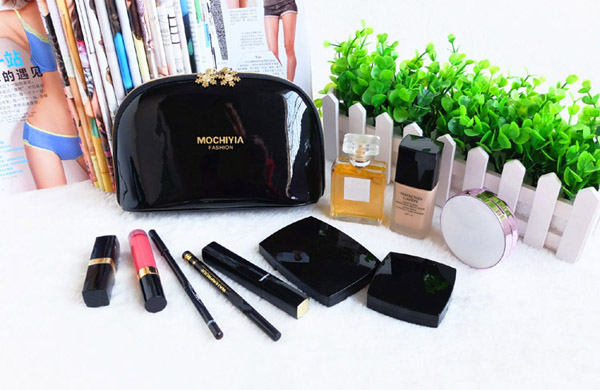 Women PVC Black Cosmetic Bag Casual Travel Clutch Bag