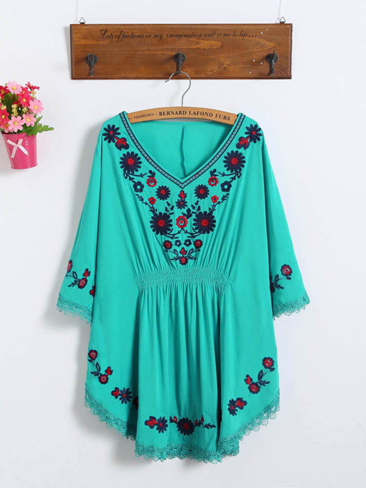 Women Folk Style Loose Embroidered Batwing Sleeve Blouse