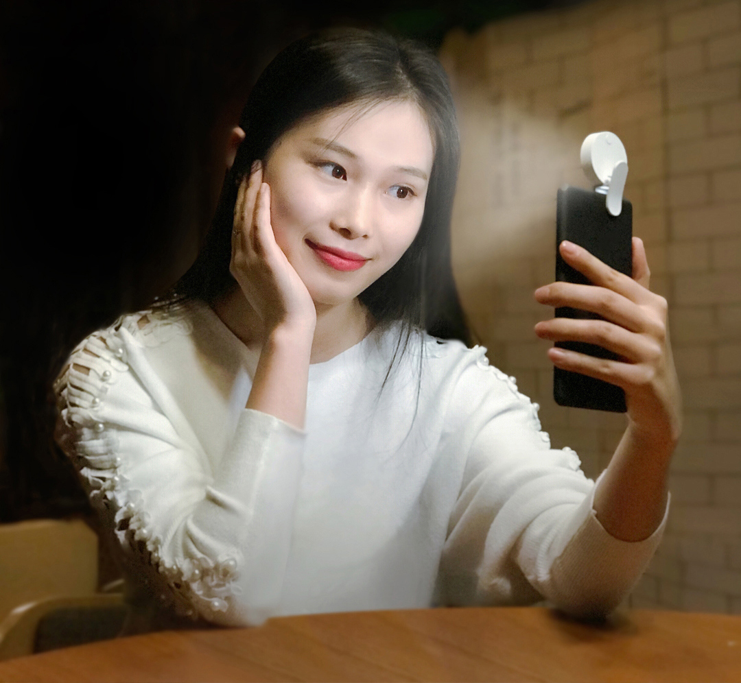 Xiaomi Yuemi Self-Timer LED Fill Light for Phone Three Adjustable Mode USB Charging