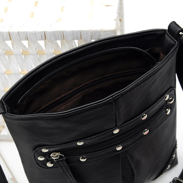 Women Rivet Design Vintage Crossbody Bag Casual Shoulder Bag
