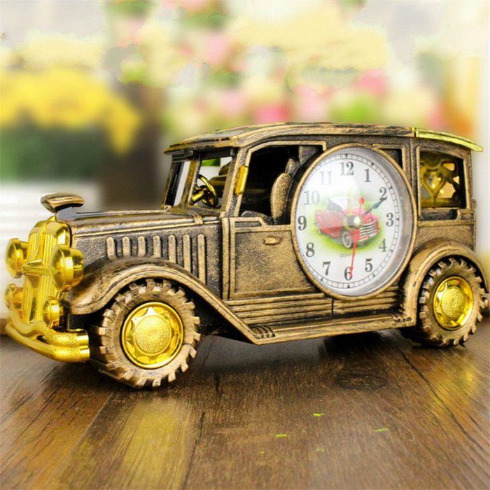 Simulation Vintage Car Alarm Clock Multifunctional Pencil Vase Antique Car Model Creative Decor