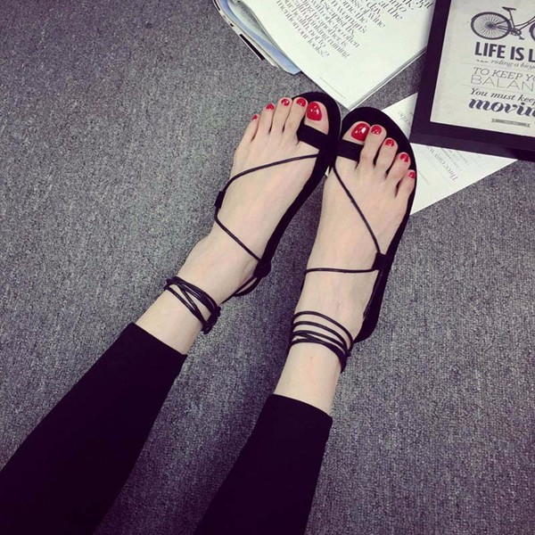 Women Summer Beach Retro Simple Lace Up Flat Clip Toe Outdoor Sandals Shoes