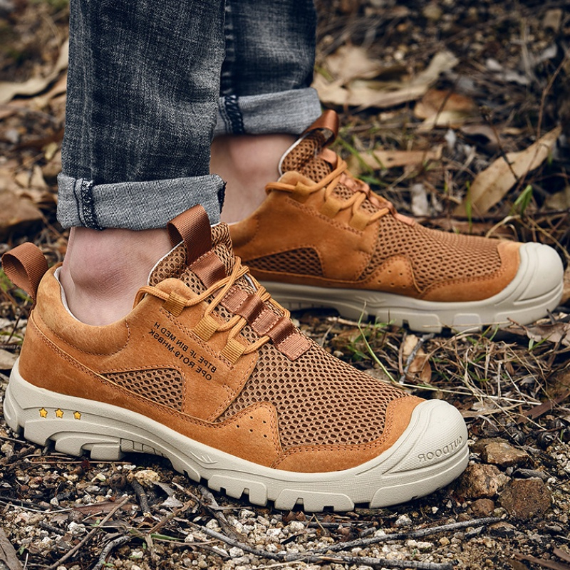 Men Anti-Collision Toe Breathable Outdoor Hiking Sneakers