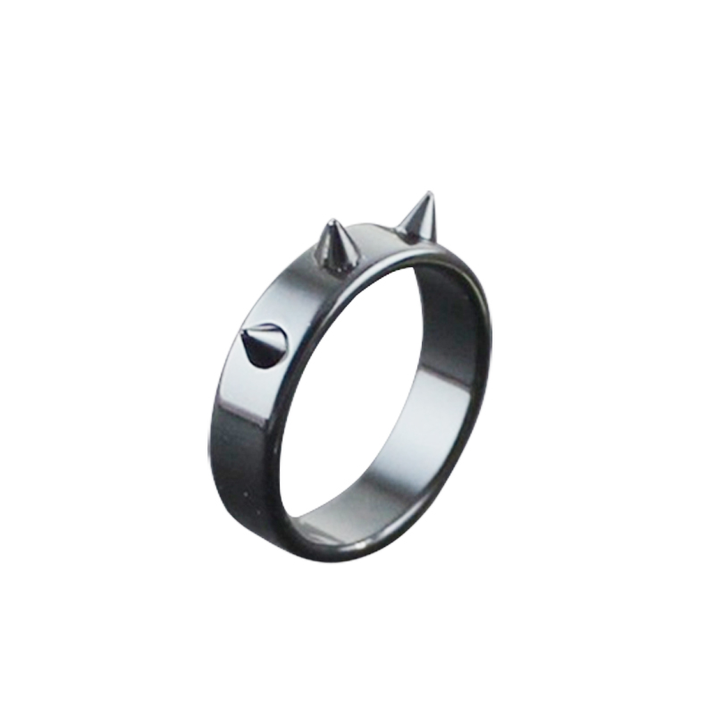 Titanium Steel Personal Self-defense Ring Thorn Head Ring Anti-wolf Nail Barbed Ring
