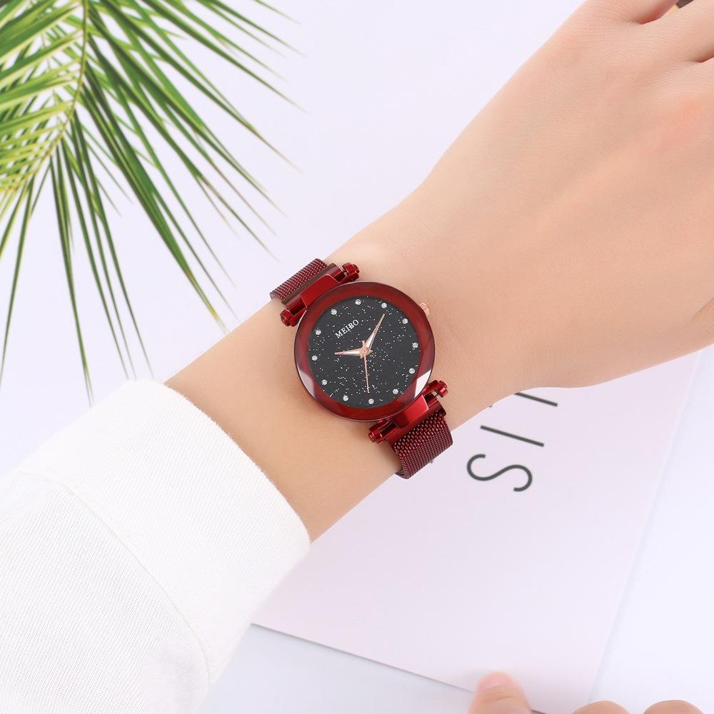 Magnetic Band Crystal Star Dial Women Quartz Watch