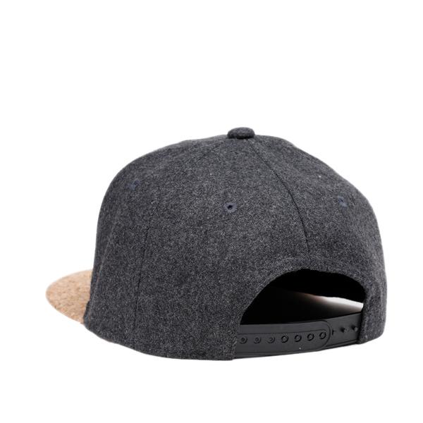 NUZADA Unisex Winter Outdoor Flat Peaked Cap Woolen Hat