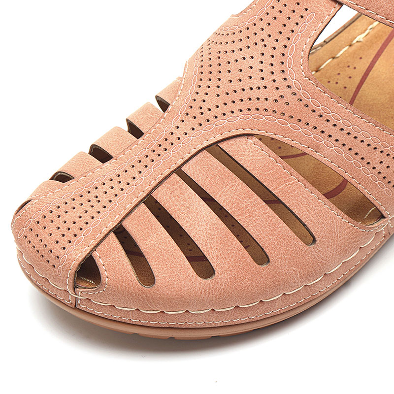 LOSTISY Women Lightweight Hollow Out Soft Sole Sandals