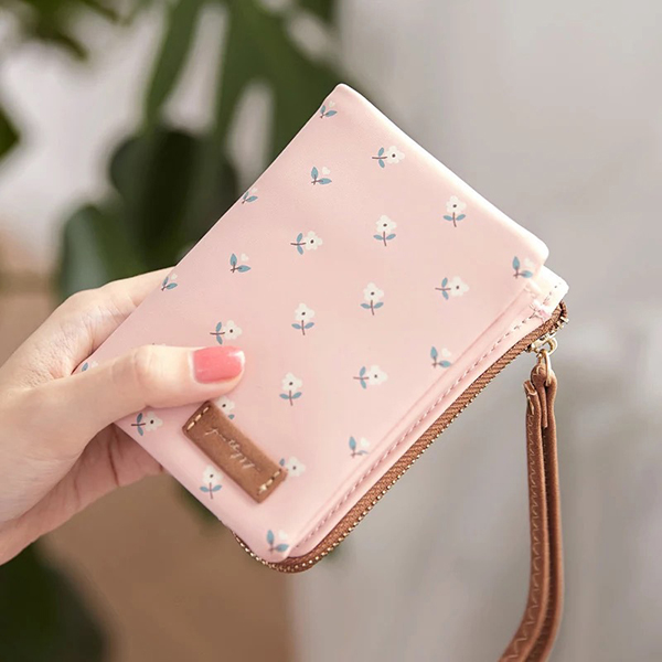 Details: Material Faux Leather Color Pink, Grey, Black, Blue, Khaki Weight 100g Length 12cm(4.72'') Height 10cm(3.94'') Width 2.5cm(0.98'') Pattern Solid Inner Pocket Main Pocket, Zipper Pocket, 6Card Slots Closure Zipper, Open Package include: 1* Wallet #purse