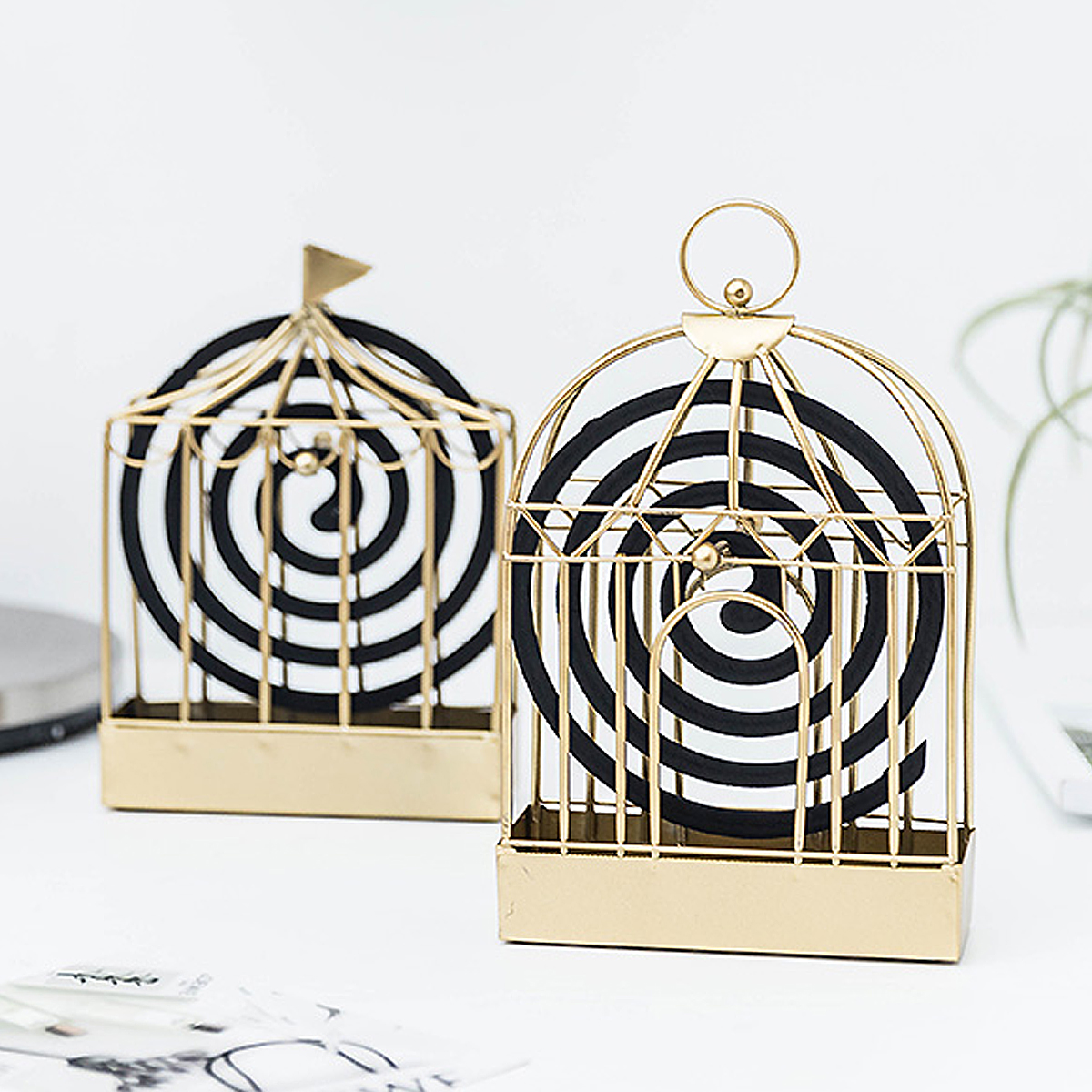 Nordic Style Iron Mosquito Coil Holder Vintage Insect Repellent Coil Starter Incense Dispeller Rack