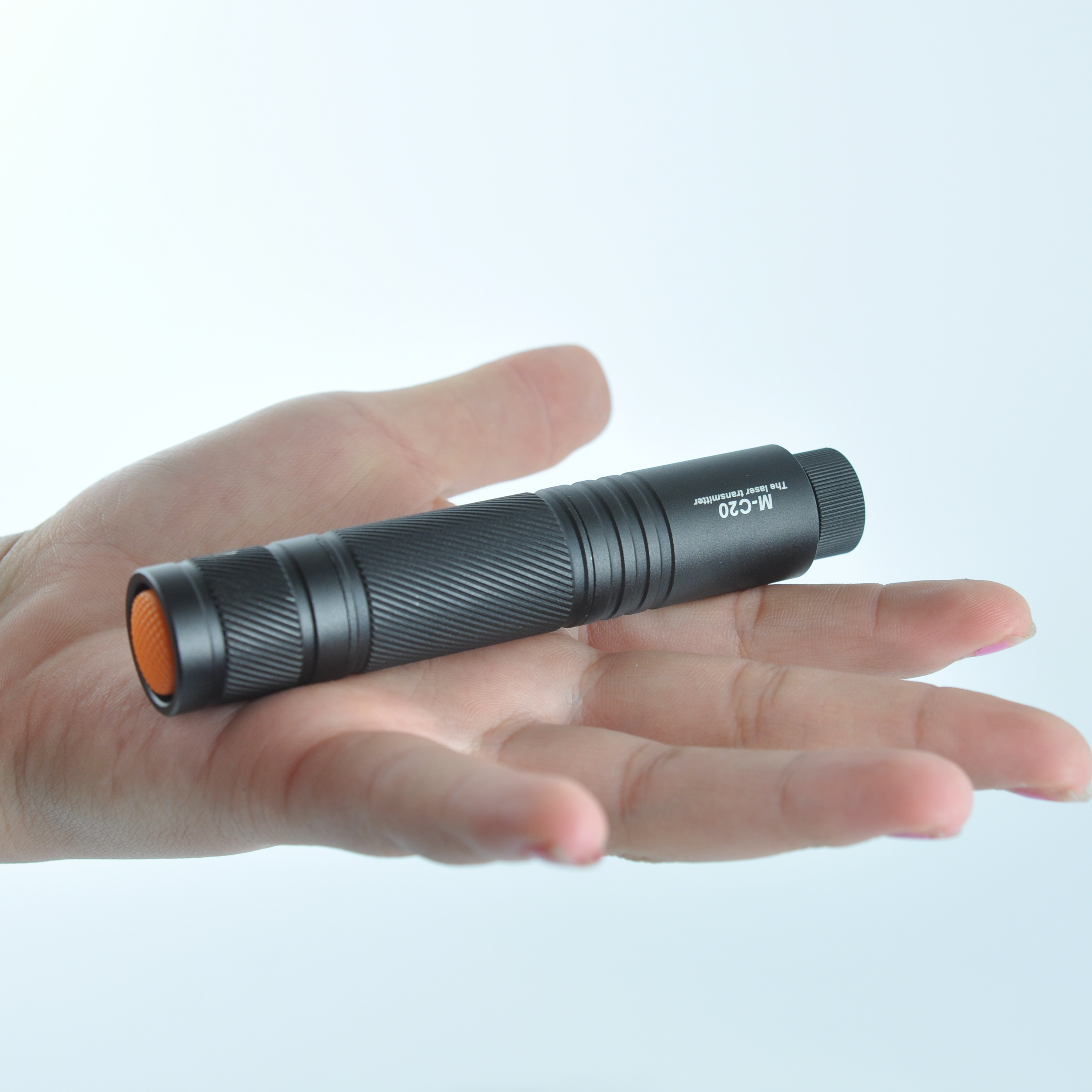 MTO M-C20 Point-shape Red Laser Locator Zoomable Long-rang Laser Pointer Pen Flashlight