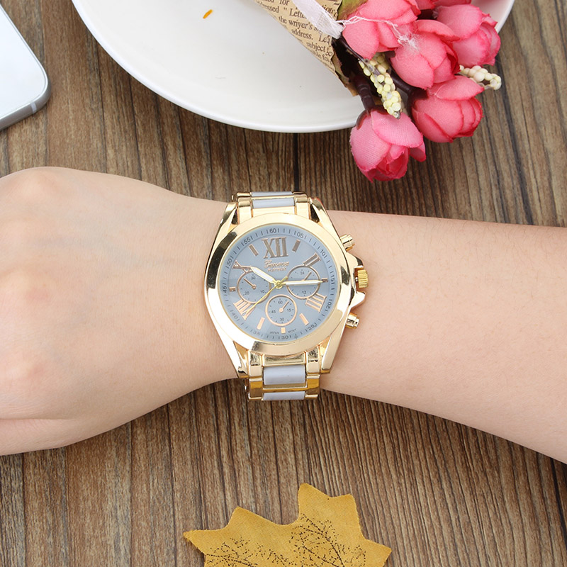 Fashion Style Wrist Watch