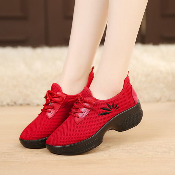 Women Casual Lace Up Light Breathable Outdoor Shoes