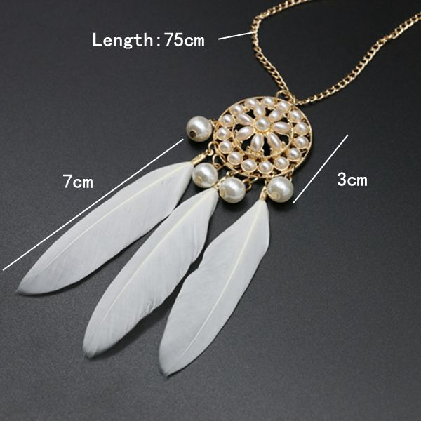 Vintage Bohemian Round Artificial Pearl Flower Feather Sweater Necklace