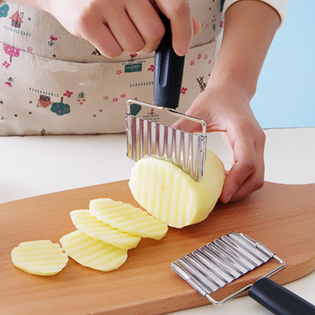 Stainless Steel Handle Potato Carrot Wavy Cutter French Fries Chips Chipper Cutter Slicer Chipper